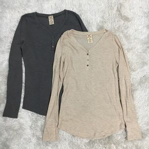 Set of 2 Classic V-Neck Button Up Thermal Shirts